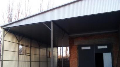 Крыша помещения для ремонта автомобилей ул Хоменка г. Черкассы